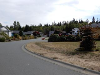 Photo 21: 3685 Brind'Amour Dr in : CR Campbell River South House for sale (Campbell River)  : MLS®# 886273