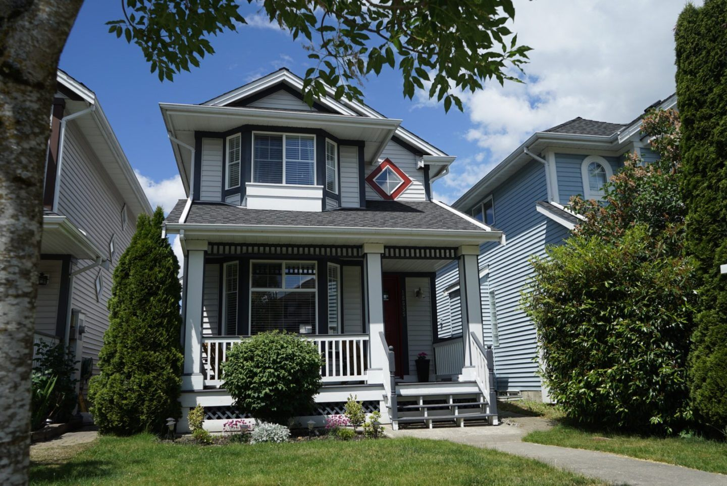Main Photo: 18555 64B AVENUE in : Cloverdale BC House for sale : MLS®# R2250205