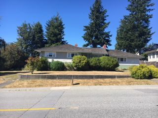 """Photo 11: 16341 10 Avenue in Surrey: King George Corridor House for sale in """"South Meridian"""" (South Surrey White Rock)  : MLS®# R2192920"""