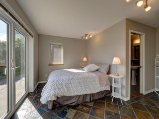 "Photo 16: 393 SKYLINE Drive in Gibsons: Gibsons & Area House for sale in ""The Bluff"" (Sunshine Coast)  : MLS®# R2272922"