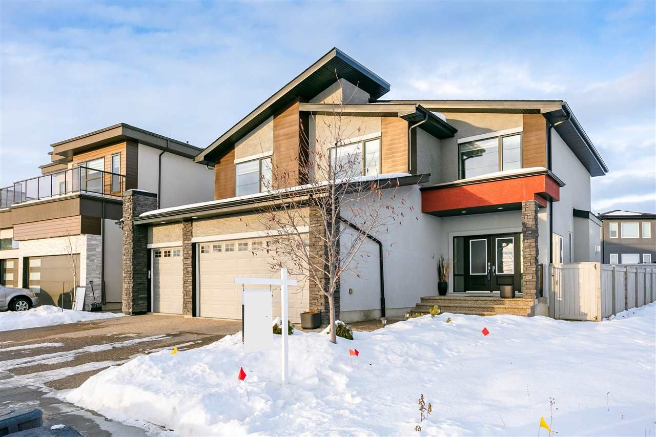 Main Photo: 3169 CAMERON HEIGHTS Way in Edmonton: Zone 20 House for sale : MLS®# E4236718