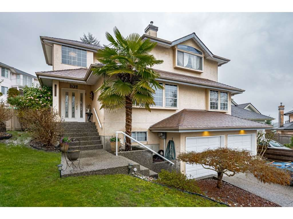 Main Photo: 3105 AZURE COURT in Coquitlam: Westwood Plateau House for sale : MLS®# R2555521