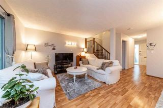 Photo 2: 4683 Hoskins Rd in North Vancouver: Lynn Valley Townhouse for sale : MLS®# R2500187