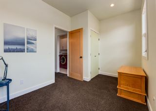 Photo 30: 3322 41 Street SW in Calgary: Glenbrook Detached for sale : MLS®# A1122385