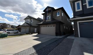 Photo 4: 2116 22 Street in Edmonton: Zone 30 House for sale : MLS®# E4250916