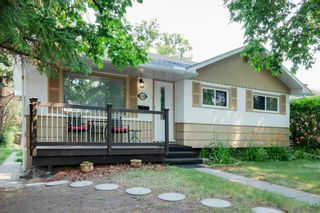 Main Photo: 2624 Cherokee Drive NW in Calgary: Charleswood Detached for sale : MLS®# A1134174