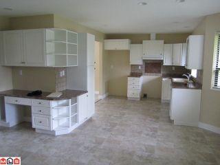 Photo 4: 20095 50TH AV in Langley: Langley City House for sale : MLS®# F1113620