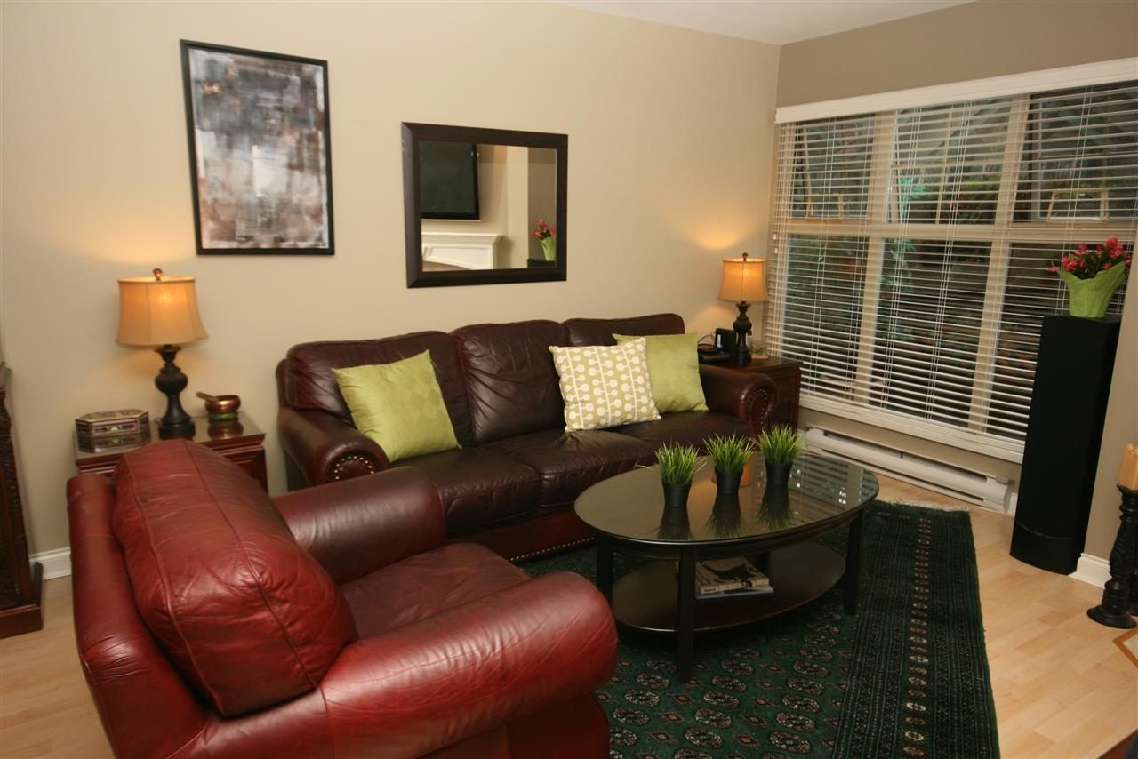 """Main Photo: 52 65 FOXWOOD Drive in Port Moody: Heritage Mountain Townhouse for sale in """"FOREST HILL"""" : MLS®# R2012427"""