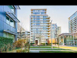 Photo 1: 804 138 W 1 Avenue in Vancouver: False Creek Condo for sale (Vancouver West)  : MLS®# R2573475