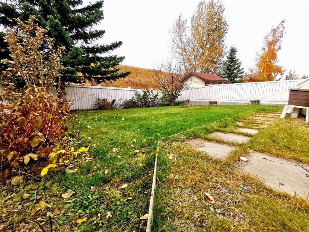 Main Photo: 81 Macewan Ridge Circle NW in Calgary: MacEwan Glen Detached for sale : MLS®# A1116555