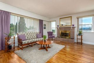 Photo 7: 243 Beach Dr in : CV Comox (Town of) House for sale (Comox Valley)  : MLS®# 877183