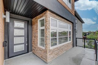 Photo 2: 2620 15A Street SW in Calgary: Bankview Semi Detached for sale : MLS®# A1118956