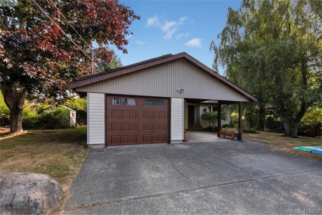 Main Photo: 1985 Saunders Rd in SOOKE: Sk Sooke Vill Core House for sale (Sooke)  : MLS®# 821470
