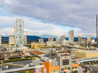 """Photo 11: 1501 6333 SILVER Avenue in Burnaby: Metrotown Condo for sale in """"SILVER"""" (Burnaby South)  : MLS®# R2011210"""