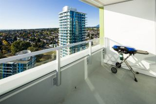 "Photo 9: 2704 488 SW MARINE Drive in Vancouver: Marpole Condo for sale in ""MARINE GATEWAY"" (Vancouver West)  : MLS®# R2211706"