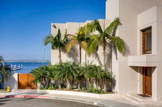 Photo 4: House for sale (9,169)  : 6 bedrooms : 1 Buccaneer Way in Coronado