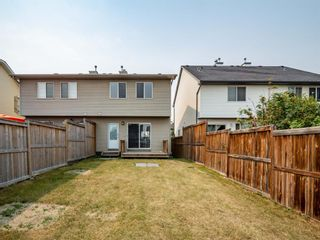 Photo 18: 326 Elgin Place SE in Calgary: McKenzie Towne Semi Detached for sale : MLS®# A1136926