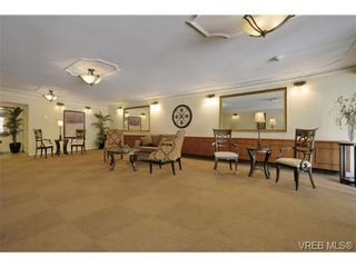 Photo 16: 503 2920 Cook St in VICTORIA: Vi Mayfair Condo for sale (Victoria)  : MLS®# 702367