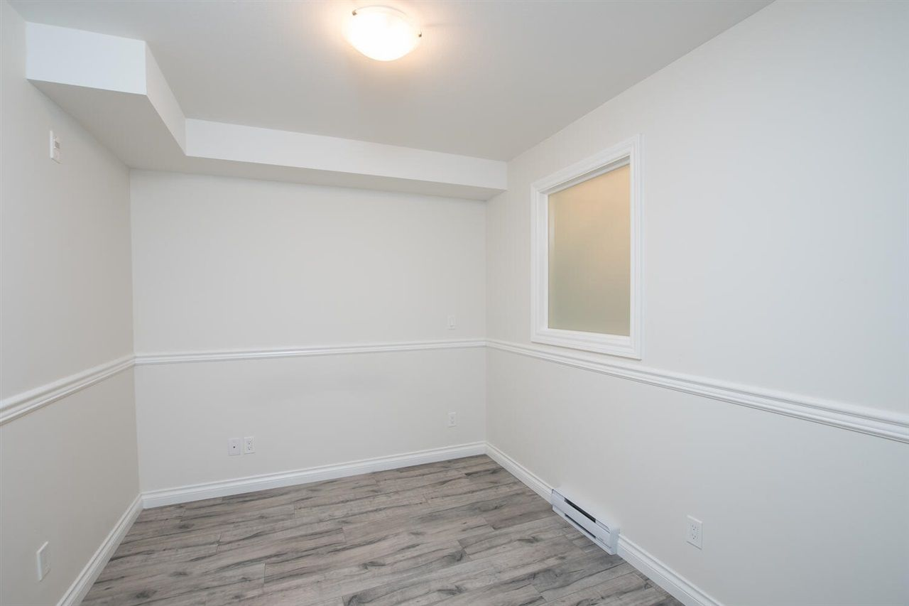 """Photo 11: Photos: 109 5650 201A Street in Langley: Langley City Condo for sale in """"PADDINGTON STATION"""" : MLS®# R2549015"""