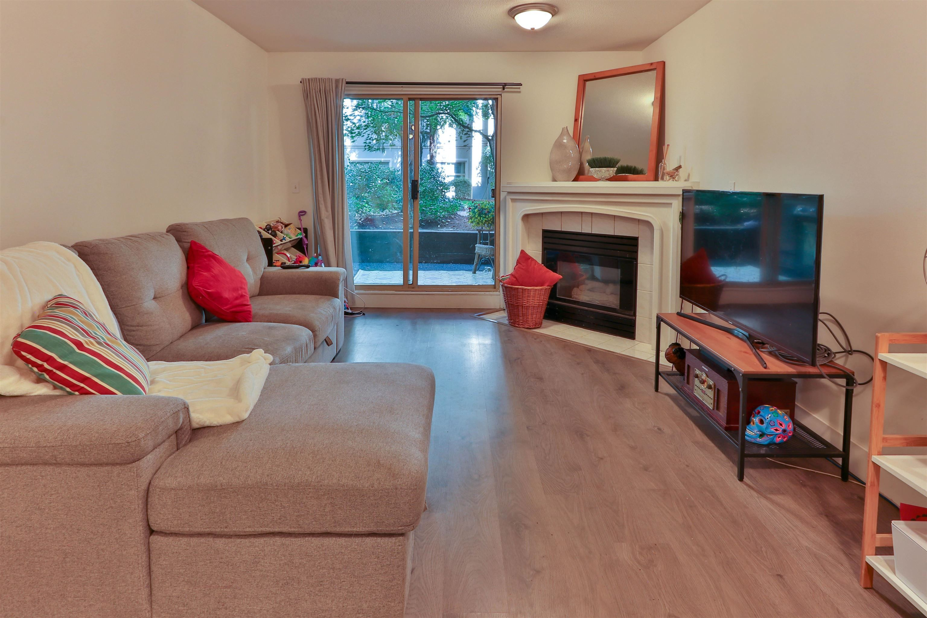 """Main Photo: 112a 2615 JANE Street in Port Coquitlam: Central Pt Coquitlam Condo for sale in """"BURLEIGH GREEN"""" : MLS®# R2617677"""