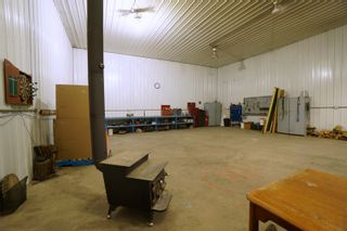 Photo 32: 32149 Road 68 N in Portage la Prairie RM: House for sale : MLS®# 202112201
