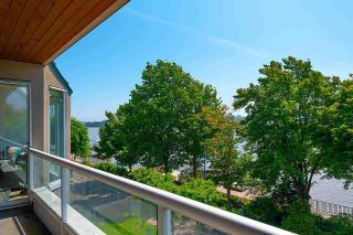 """Photo 3: 306 5 K DE K Court in New Westminster: Quay Condo for sale in """"Quayside Terrace"""" : MLS®# R2585384"""