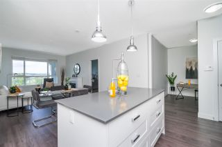 """Photo 5: 410 16380 64 Avenue in Surrey: Cloverdale BC Condo for sale in """"The Ridge at Bose Farms"""" (Cloverdale)  : MLS®# R2573583"""