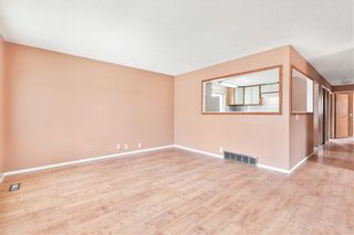 Photo 3: 43 ABERDARE Road NE in Calgary: Abbeydale Detached for sale : MLS®# C4301204