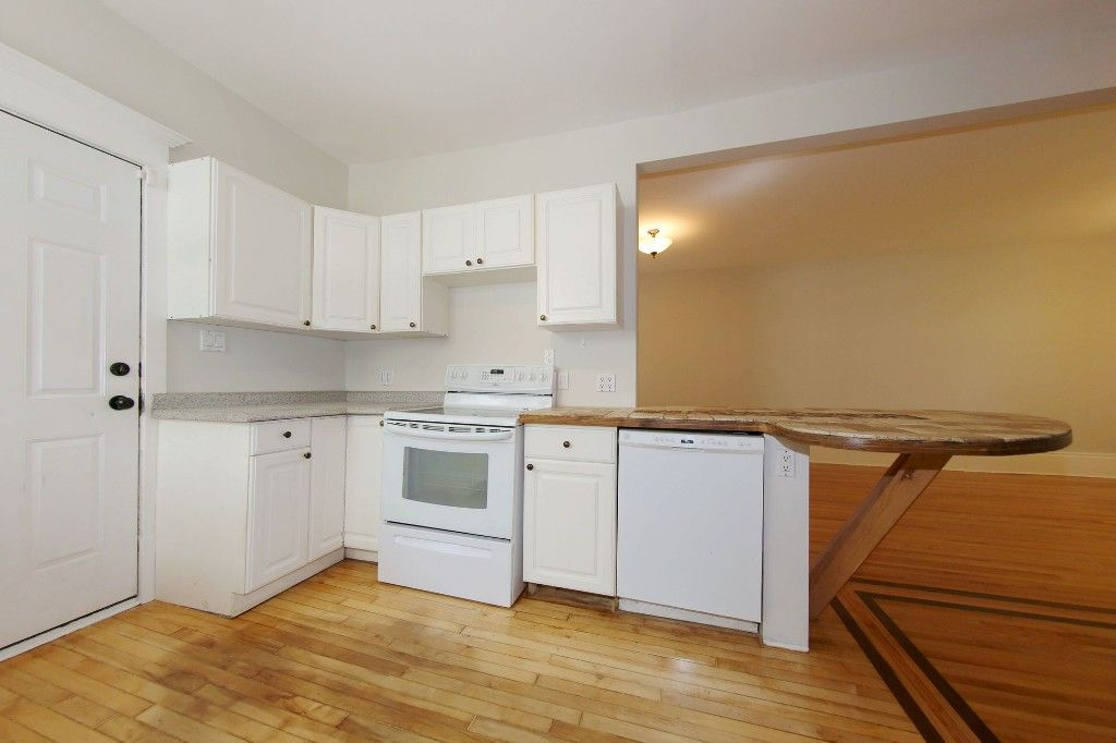 Photo 11: Photos: 453 Greenwood Place in Winnipeg: Wolseley Single Family Detached for sale (West Winnipeg)  : MLS®# 1516914