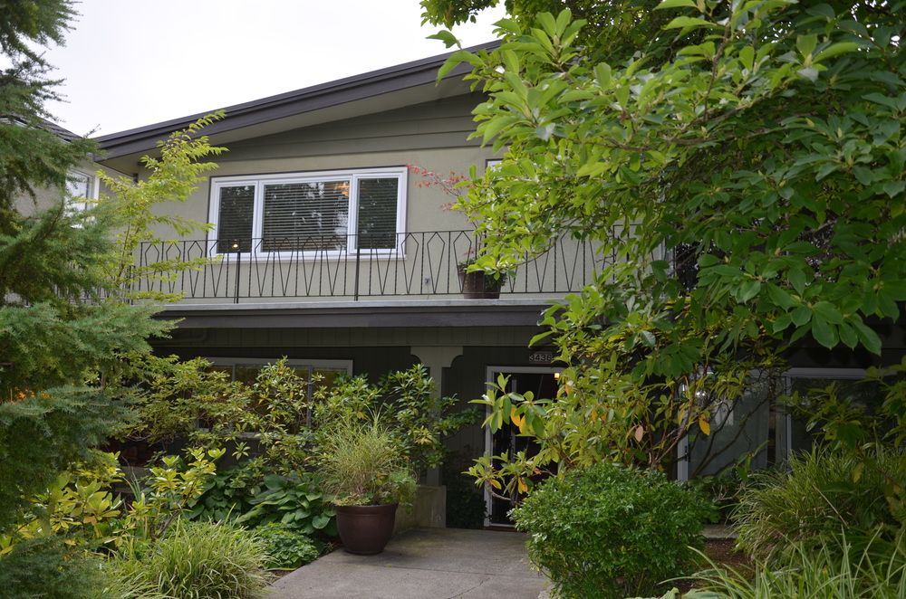 Main Photo: 3436 West 30th Ave in Vancouver: Home for sale