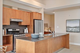 """Photo 9: 407 5955 IONA Drive in Vancouver: University VW Condo for sale in """"FOLIO"""" (Vancouver West)  : MLS®# R2433134"""