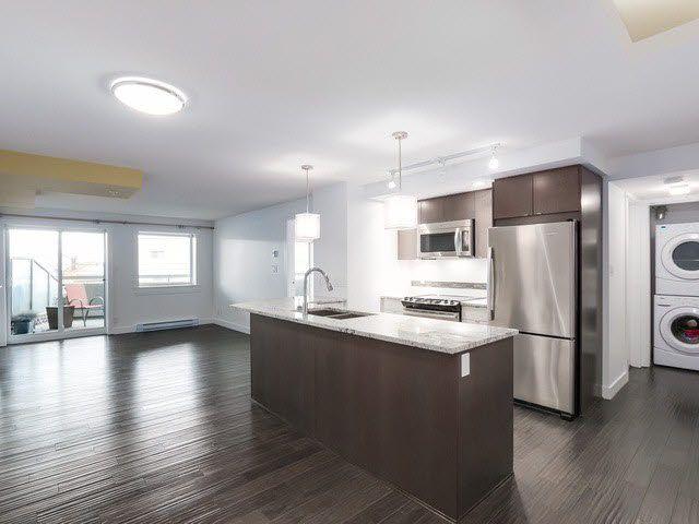 "Photo 3: Photos: 202 14955 VICTORIA Avenue: White Rock Condo for sale in ""SAUSALITO BEACH SIDE LIVING"" (South Surrey White Rock)  : MLS®# F1429658"