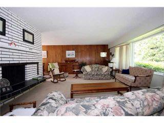 "Photo 2: 4920 STEVENS Drive in Tsawwassen: Tsawwassen Central House for sale in ""PEBBLE HILL"" : MLS®# V893308"