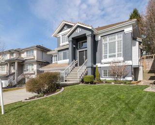 """Photo 3: 11 LINDEN Court in Port Moody: Heritage Woods PM House for sale in """"HERITAGE MOUNTAIN"""" : MLS®# R2564021"""