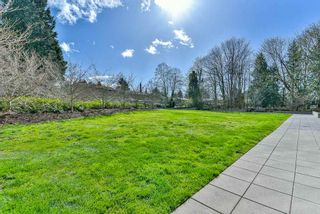 "Photo 18: 2202 10777 UNIVERSITY Drive in Surrey: Whalley Condo for sale in ""CITY POINT"" (North Surrey)  : MLS®# R2511547"