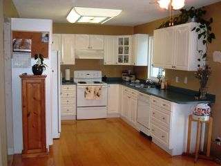 Photo 4: 5055 204 Street in Langley: Home for sale