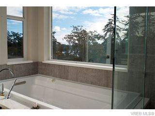 Photo 17: 1602 lloyd Pl in VICTORIA: VR Six Mile House for sale (View Royal)  : MLS®# 745159