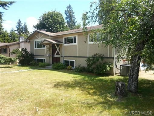 Main Photo: 529 Atkins Ave in VICTORIA: La Atkins House for sale (Langford)  : MLS®# 734808
