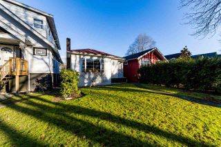 "Photo 1: 3355 W 12TH Avenue in Vancouver: Kitsilano House for sale in ""Kitsilano"" (Vancouver West)  : MLS®# R2536590"