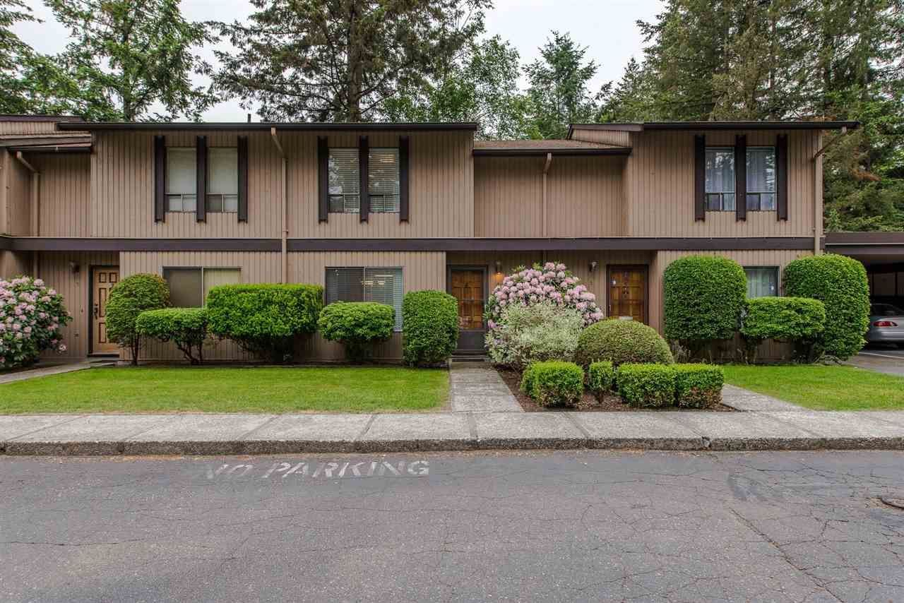 """Photo 2: Photos: 4 3015 TRETHEWEY Street in Abbotsford: Central Abbotsford Townhouse for sale in """"Birch Grove Terrace"""" : MLS®# R2272220"""