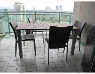 """Photo 9: # 25E 6128 PATTERSON AV in Burnaby: Metrotown Condo for sale in """"GRAND CENTRAL PARK PLACE"""" (Burnaby South)  : MLS®# V797619"""