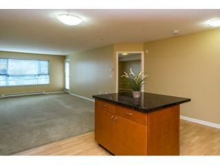 """Photo 7: 310 5465 203 Street in Langley: Langley City Condo for sale in """"Station 54"""" : MLS®# R2039020"""