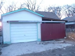 Photo 19: 1263 DOMINION ST in Winnipeg: Residential for sale (Canada)  : MLS®# 1005075