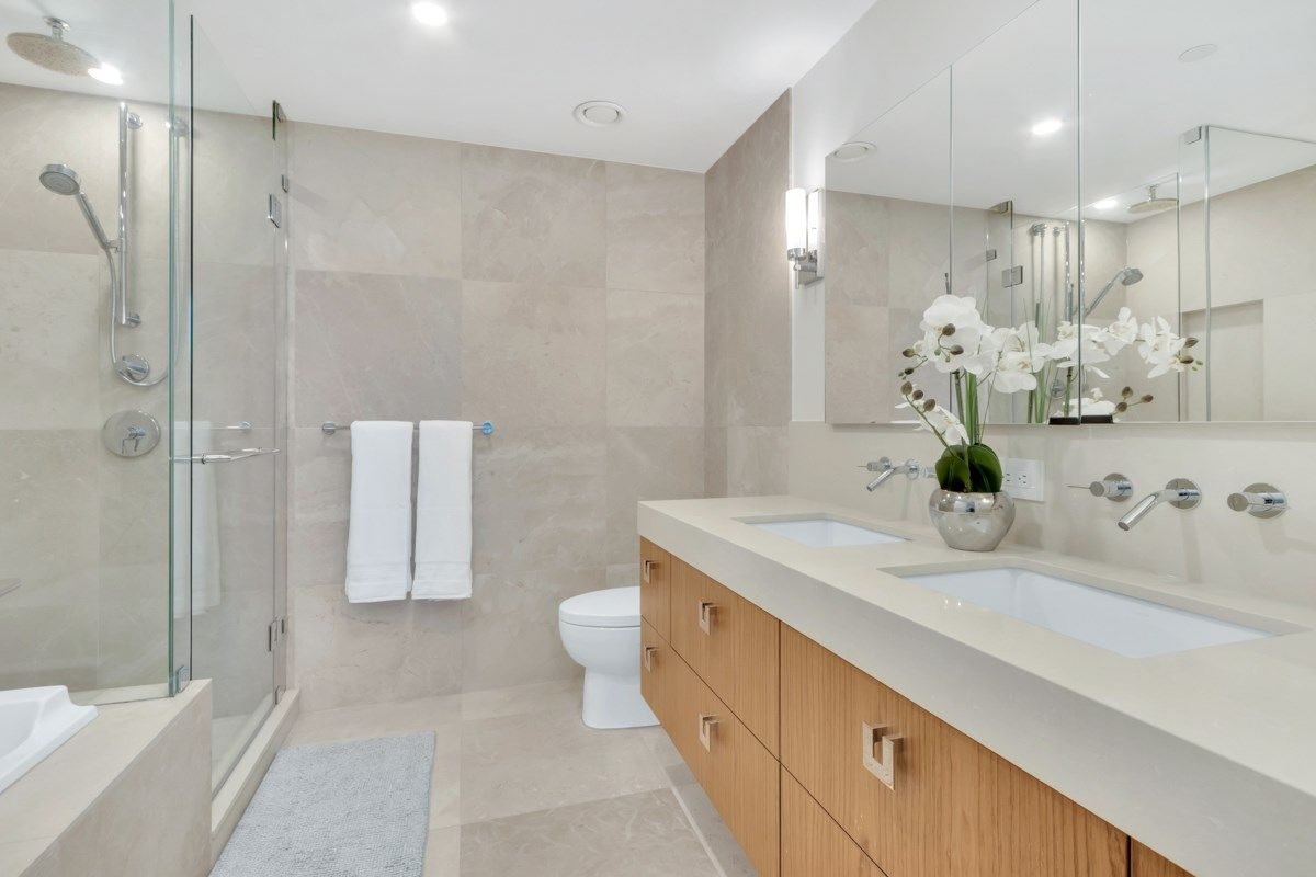 """Photo 13: Photos: 2001 499 PACIFIC Street in Vancouver: Yaletown Condo for sale in """"The Charleson"""" (Vancouver West)  : MLS®# R2456013"""