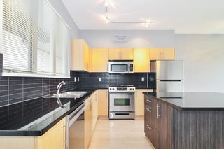 """Photo 9: 31 20326 68 Avenue in Langley: Willoughby Heights Townhouse for sale in """"SUNPOINTE"""" : MLS®# R2624755"""