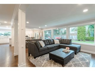 """Photo 7: 12545 OCEAN FOREST Place in Surrey: Crescent Bch Ocean Pk. House for sale in """"OCEAN CLIFF ESTATES"""" (South Surrey White Rock)  : MLS®# R2527038"""