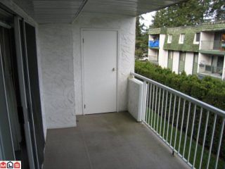 "Photo 8: 208 32025 TIMS Avenue in Abbotsford: Abbotsford West Condo for sale in ""ELMWOOD MANOR"" : MLS®# F1006783"