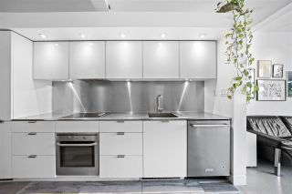 """Photo 10: 402 53 W HASTINGS Street in Vancouver: Downtown VW Condo for sale in """"Paris Block"""" (Vancouver West)  : MLS®# R2554831"""
