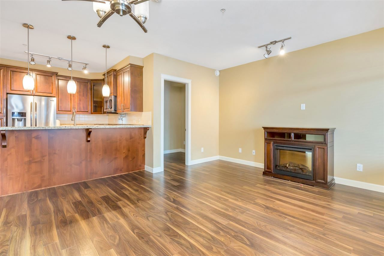 "Photo 11: Photos: 524 2860 TRETHEWEY Street in Abbotsford: Central Abbotsford Condo for sale in ""La Galleria"" : MLS®# R2525522"