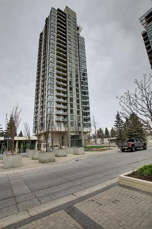 Main Photo: 901 77 Spruce Place SW in Calgary: Spruce Cliff Apartment for sale : MLS®# A1104367